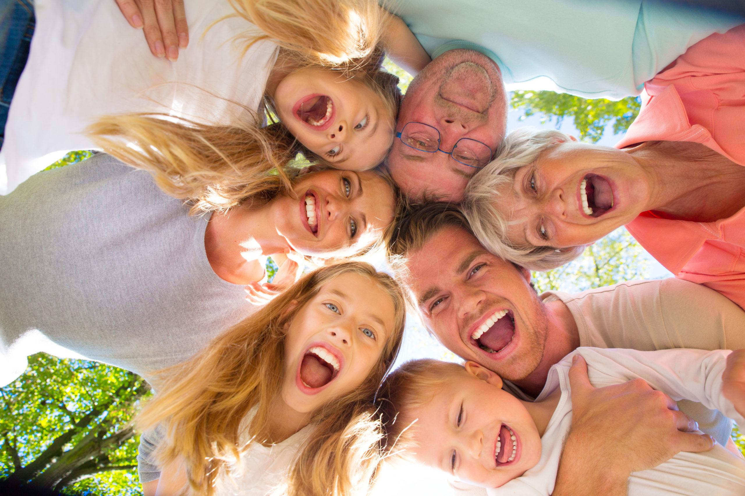 """""""Family First"""" Eté Vacances en famille"""